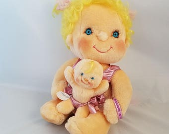 Vintage Hugga bunch Precious Hugs Doll with Clothes and Baby 80s Girl Toys Yellow Hair Set