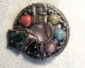 """Vintage """"Miracle"""" Brooch, Scottish Buckle Design, """"Faux"""" Agates."""