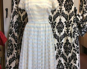 50's Cream & Skyblue Flower Dress