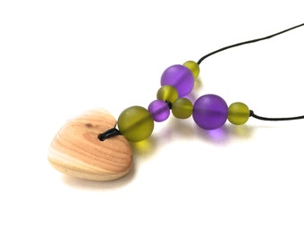 Aphrodite Teething Necklace - Nursing Necklace - Breastfeeding Necklace - Juniper Heart - Purple, Olive Green