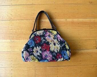 1960s tapestry handbag . vintage 60s floral purse