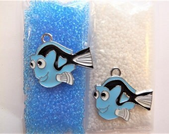 32g total bead weight. S48N Light blue and white seed beads under 2mm, plus two blue fish charms