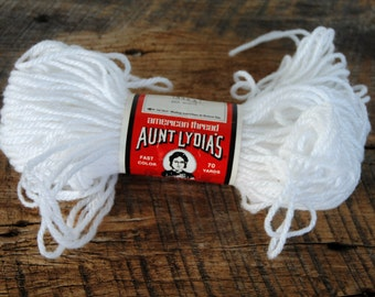 Vintage Aunt Lydia's Heavy Rug Yarn 70 Yards 805 White