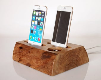 iPhone dual dock - iPhone 6 / iPhone 6 plus charging station / iPhone 7 dock / iPhone 7 plus charging station - handmade from walnut log