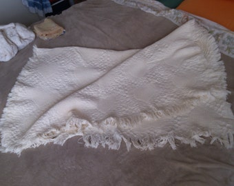 REDUCED  White Cotton Jaquard Throw