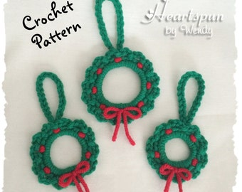 CROCHET PATTERN to make this Wreath Christmas Ornament, Instant Download, PDF Format