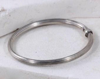 Sterling Silver VINTAGE ribbed BANGLE bracelet // Made in ITALY