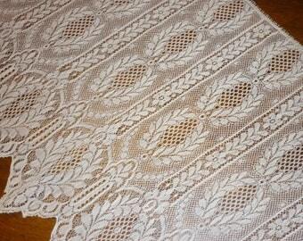 EXTRAORDINARY Antique Needle Run Lace SHAWL..Wedding..Re Enactment..Romantic Victorian