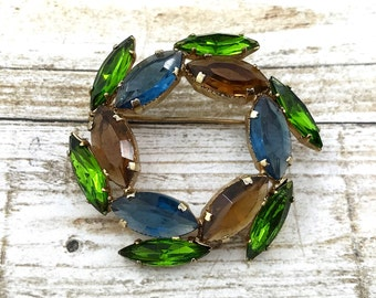 SPRING (SALE 50%) Vintage Blue Brown and Green Rhinestone Brooch. Large Rhinestone Wreath Brooch. Sparkly Juliana style brooch. Fruit Salad