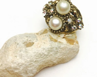 Art Deco Ring, Large Faux Pearls, Clear Rhinestones, Vintage, Gold Tone, Pre HOLIDAY Sale, Item No. B382