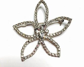 Vintage Flower Brooch, clear Rhinestones,  Silver tone, Floral Figural, Item No. B043