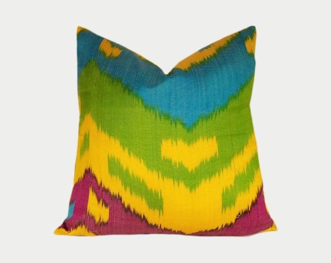 Ikat Pillow, Ikat Pillow Cover NPI11c, Ikat throw pillows, Designer pillows, Decorative pillows, Accent pillows