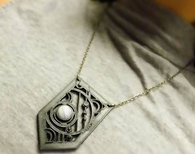 BYO3D: MOONLIGHT - Large 3d Printed Circle Motif Pendant, Choice Color, Single Cabachon, 22 inch Silverplate Chain