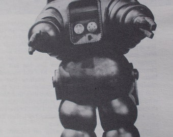 STAR WARRIORS by John Peel a Sci Fi magazine about ROBOTS and oddball Sci Fi movies and t v shows
