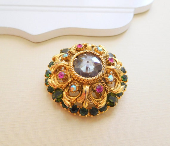 Vintage High-End Domed Margarita Flower Green Pink Rhinestone Gold Brooch Pin O3