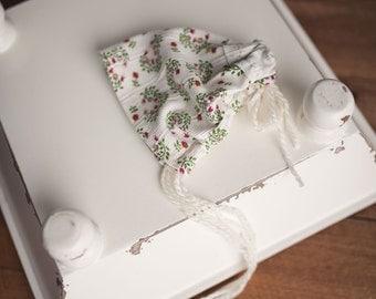 Girls Vintage Shabby Chic Newborn Bonnet Hat Size Newborn Photography Prop