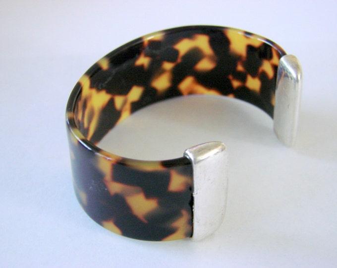 Vintage Tortoiseshell Acrylic Resin Modernist Cuff Bracelet Animal Print Jewelry Jewellery