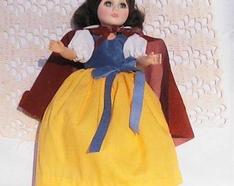 Vintage 1975 Effanbee Snow White doll.