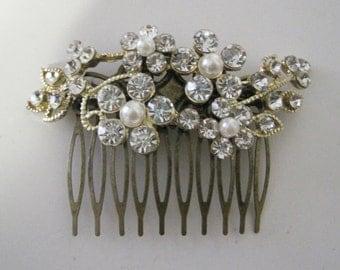 Hair Comb Wedding Pearl and Rhinestone Hair Comb Bridal Hair Comb Hair Accessory Wedding Jewelry Wedding Accessory Bridal Prom