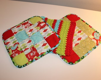 Hand Quilted Pot Holder-Crocheted Washcloth Set of 3 - Red Green Blue Christmas Modern Retro Print - Mother's Day Holiday Gift Basket Gift