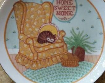CAT PLATE 1983 Lasting Memories Home Sweet Home