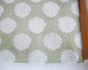 Lovely German Vintage Rustic Green and White Flowerbouquet Fabric for sewing / Sewing supply yardage Patchwork