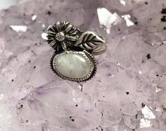 Moonstone Ring, Moonstone Jewelry, Moon jewelry, Moon Ring, Daisy Ring, Daisy, Sterling Silver Ring, Silver Ring - Moonstone and Daisy Ring