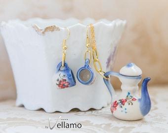 Cute shabby chic jewelry set, miniature teacup earrings, teapot pendant, blue red flowers, miniature porcelain tea cups dainty jewelry set