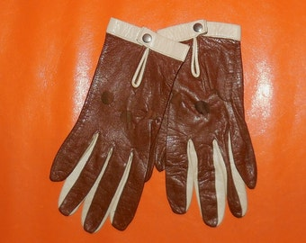 Vintage Driving Gloves 1960s Leather Driving Gloves Two Tone Brown and Cream Thin Leather Gloves Mod sz 6.5 or 7