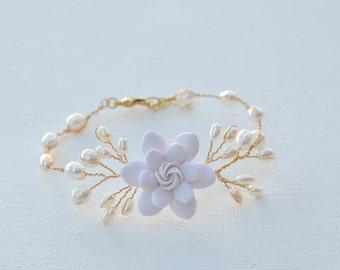 White Gardenia Vine Bracelet. White Flower Vine Bracelet. Bridal Vine Bracelet.