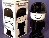 Pie Funnel Figural Homepride Fred The Flour Grader Ceramic England Vent Original Box 1965-1970s