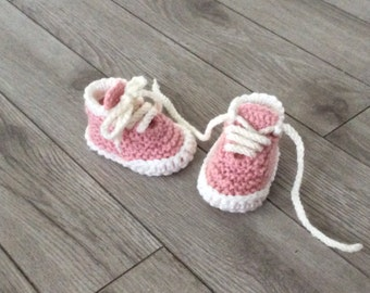 Hand  knitted baby Girl booties ,Newborn Girl Photo Prop,Baby shower gift,Baby Photo prop