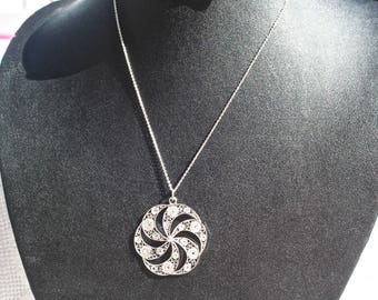 Vintage Filigree Circular Pendant Necklace and Silver Chain 835 Silver Sweden