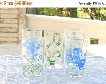 On Sale Mid Century Enameled Swanky Swigs Juice Glasses Set of 5, Vintage, Rustic Modern, Clear Glass, Retro Glassware, Home and Living