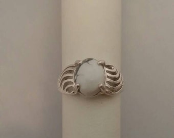 Howlite in Sterling Silver Ring - Size 5 1/2