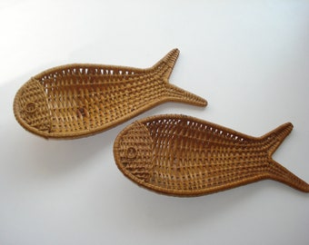 Vintage Wicker Fish Baskets - Matching Pair - 1960s Decor - Retro Kitchenware