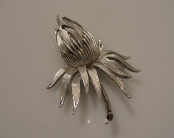 "Crown Trifari flower pin tulip or mum brooch silvertone 2.5"" x 2"""