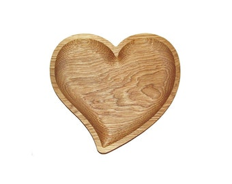 Wooden plate Heart. Eco friendly bowl for fruits, candies, brad. Handmade plate.