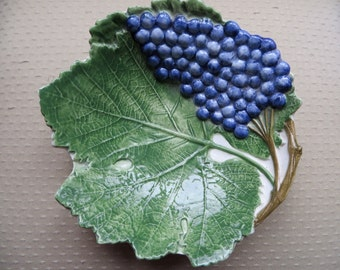 Bassano Italy 2342/20 Hand-Made Ceramic Grape Leaf & Grapes Plate Vintage Purple Grapes Green Leaf Wine Lover