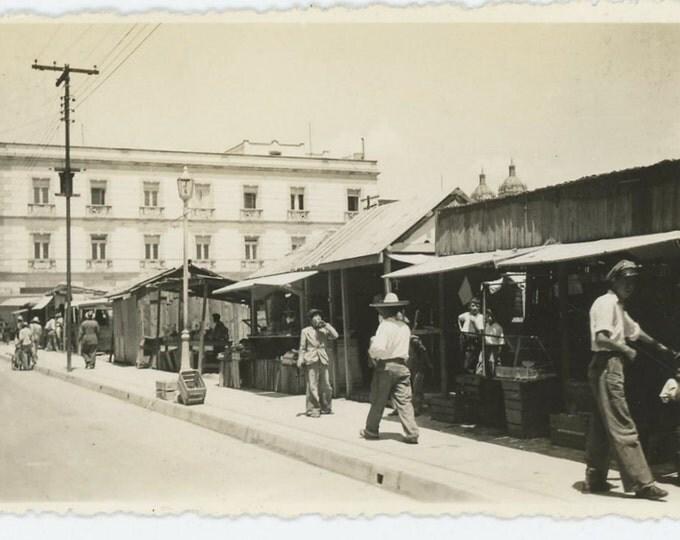 Durango, Mexico, Summer 1942: Vintage Snapshot Photo (71540)