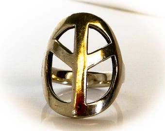 Sterling  Peace Ring   Size 7     Vintage Hippie Statement Ring  1960 s      Tall Ring