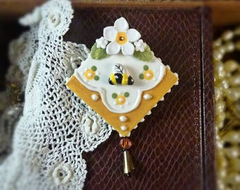 Brooch The Bee's Knees Pin
