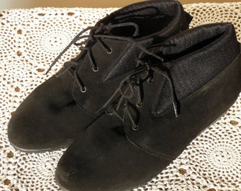 Vintage Suede Ankle Boot 1940s 1950s Lace up Wide Fit UK size 6