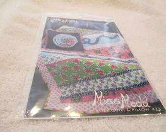 Paper Pattern for a quilt and pillow called Miss Medd by Pink Fig Patterns