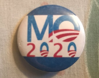 Michelle Obama 2020 Pinback Button, Election Pin, US Flag Button, United States Quote, Election 2020, Political Button Magnet, Keychain Gift