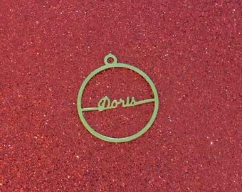 Doris ~ Lightweight Vintage Script Name Pendant