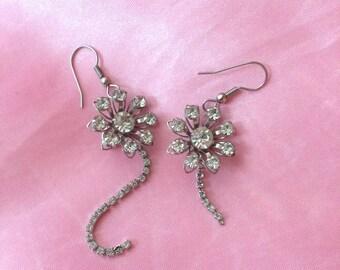Diamante rhinestone vintage flower earrings