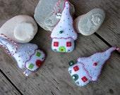 Christmas sale 25% off Christmas felt houses, Christmas tree decoration, Patchwork houses, Fairy houses, handmade, set of 3