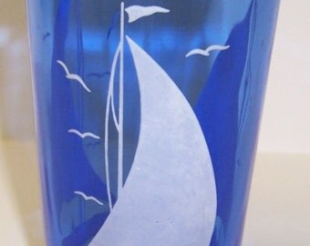 Hazel Atlas Cobalt SAILBOAT SHIPS 4 1/2 Inch 9 Ounce Water TUMBLER