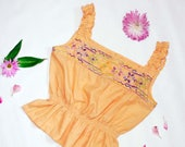 Vintage 1970s Sunny Embroidered Peasant Top / 70s Boho Blouse / Ethnic Mexican Blouse